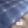ผ้าทอญี่ปุ่น 1/4ม.(50x55ซม. โทนสีน้ำเงิน ทอลายตารางแต่งดอกไม้