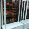 ตู้โชว์โล่งสี่ด้านวินเทจสีขาวสำหรับร้านค้า
