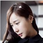 ที่คาดผมรูปใบcoverเกาหลีสีขาว