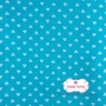 ผ้าคอตตอนไทย 100% 1/4 เมตร พื้นสีฟ้า ลายหัวใจสีขาว