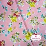 ผ้าคอตตอน 100% 1/4 เมตร พื้นสีชมพูหวาน ลายblossom