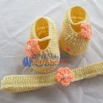 เซ็ทรองเท้า+ผ้าคาดผม สีครีมดอกไม้โอโรส ขนาด 1-3 เดือน