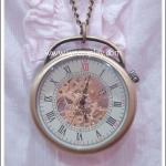 สร้อยคอโกธิคโลลิต้า จี้ล็อกเก็ตนาฬิกา ระบบออโต้ ขนาดใหญ่ หน้าปัดกระจก สีทองโบราณ