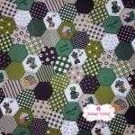ผ้าคอตตอนไทย 100% 1/4 ม.(50x55ซม.) ลายตอ่ผ้าหกเหลี่ยม โทนสีเขียว