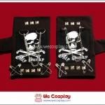 ถุงมือพังค์ Punk Gloves สกรีนลายหัวกะโหลก ประดับด้วยเข็มกลัดและสายโซ่