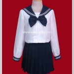 ชุดนักเรียนญี่ปุ่นแขนยาวสีขาว ปกกะลาสีและโบว์สีกรมท่า
