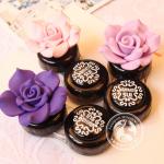 ตลับใส่ Contact Lens ตลับสีดำ ดอกไม้สีชมพู Anna Sui