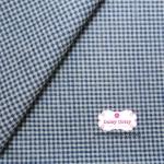 ผ้าคอตตอนไทย 100% 1/4 ม.(50x55ซม.) พื้นสีขาว ลายตารางเล็ก สีน้ำเงิน