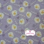 ผ้าคอตตอนไทย 100% 1/4 เมตร พื้นสีสีม่วง ลายดอกสลับขาว
