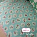 ผ้าคอตตอนไทย 100% 1/4 ม.(50x55ซม.) พื้นสีฟ้าเขียวพาสเทล ลายดอกไม้เล็ก