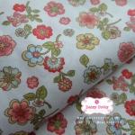 ผ้าคอตตอนไทย 100% 1/4 ม.(50x55ซม.) พื้นสีขาว ลายดอกไม้