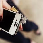 จุกเสียบ iphone4/4s/samsung คิตตี้สีเงิน