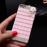 เคสไอโฟน 6/6s (Hard Case) ประดับเพชรและคริสตัลสีชมพู พร้อมห้อยดอกไม้ Channel