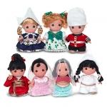 ''it's a small world'' Doll Set by Precious Moments สำเนา