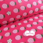 ผ้าคอตตอนญี่ปุ่น 100% 1/4ม.(50x55ซม.) พื้นสีชมพูเข้ม ลายสตอเบอร์รี่