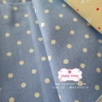 ผ้าคอตตอนลินิน 100% 1/4 ม.(50x55ซม.) พื้นสีฟ้าคราม ลายจุดสีขาว