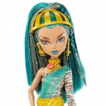 NO.1 HIT IN USA Monster High Nefera de Nile Doll