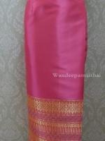 ผ้าถุงไหมสำเร็จรูปเนื้อดี สีชมพูบานเย็น สวยมาก เอว32 นิ้วเลื่อนได้ถึง34 นิ้ว