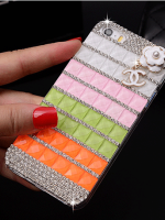 เคสไอโฟน 6 (Hard Case) ประดับเพชรและคริสตัลสีขาวชมพูเขียวส้มพร้อมห้อยดอกไม้ Channel