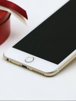 ปุ่มโฮมไฮโฟน (Touch ID Button) สแกนลายนิ้วมือได้ สีขาวขอบเงิน
