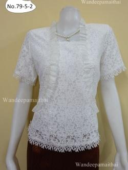 เสื้อลูกไม้ ระบายผ้าแก้ว สีขาว เบอร์ L อกเสื้อวัดเต็ม 38