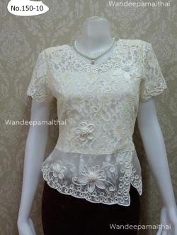 เสื้อลูกไม้ สีทูโทนขาว ชายแต่งผ้าแก้ว เบอร์ XXL เล็ก อกเสื้อวัดเต็ม 41 นิ้ว