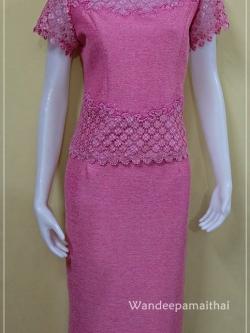 ชุดผ้าไหมญี่ปุ่น แต่งด้วยลูกไม้นอก ปักเลื่อม สีชมพู เสื้อ+กระโปรงยาว เบอร์ 38