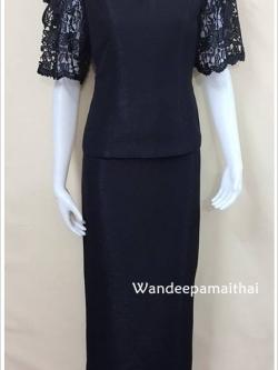 ชุดผ้าไหมญี่ปุ่น ปักมุขด้านหน้าและหลัง แต่งด้วยลูกไม้นอกแขน 3ส่วน สีดำ เสื้อ+กระโปรงยาว เบอร์ 36