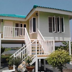 บ้านน็อคดาวน์ : บ้านปั้นหยา 6x7 เมตร