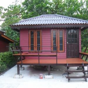 บ้านน็อคดาวน์ : ปั้นหยา 3x4 เมตร ระเบียง 2x3 เมตร