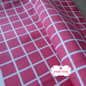 ผ้าคอตตอนลินิน 1/4ม.(50x55ซม.) พื้นสีชมพูเข้ม ลายตารางสีขาว