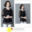 เสื้อชีฟองขาวและดำ แต่งด้วยซีทรูบางๆ ลายผ้าสวยๆ ดูมีราคาจริงๆ thumbnail 10