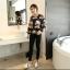 เสื้อชีฟอง นิ่ม เบาสบาย กับลายใหญ่ๆ ดูคลาสสิค น่าใส่กันแสงแดดจริง thumbnail 8