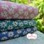 ผ้าคอตตอน 100% 1/4 ม.(50x55ซม.) พื้นสีเขียวลายดอกไม้สีขาว thumbnail 3