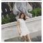 เดรสแฟชั่น สีขาวและดำยอดนิยม ทรงแขนกุด แต่งโบว์ที่คอเสื้อ สวยใสในแบบพอดีๆ thumbnail 9