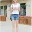 กางเกงยีนส์ขาสั้น แฟชั่นสวยๆ แต่งขอบเอวไม่เหมือนใคร เหมือนใส่เข็มขัดเก๋ๆ ในตัว thumbnail 6