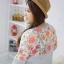 เสื้อผ้าขนาดจัมโบ้ สีพื้นตัดกับลายดอกไม้สีสวยสด สาวๆ ใส่แล้วมันช่างน่าทะนุถนอมจริงๆ thumbnail 3
