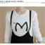 ชุดเซ็ทเสื้อแขนยาวคอกลมสีขาว กับเอี๊ยมกระโปรง ดูสวย เทห์ มีสไตล์จริงๆ thumbnail 17