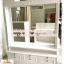 ตู้โชว์กระจกเงากรุหลังวินเทจสีขาวสำหรับร้านค้า thumbnail 2