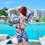 ชุดว่ายน้ำพร้อมเสื้อคลุมลายเก๋ๆ สวยลงตัว ใส่แล้วดูดีสุด thumbnail 17