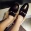 รองเท้าแฟชั่น ขนนุ่ม เก๋ๆ แบบที่เซเลปคนดังเค้าใส่กัน thumbnail 8
