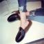 รองเท้าแฟชั่น ขนนุ่ม เก๋ๆ แบบที่เซเลปคนดังเค้าใส่กัน thumbnail 14