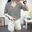 เสื้อเชิ้ตลายตรงสีดำขาว เด่นด้วยคอเสื้อทรง daimond รับกับแขนเสื้อ 4 ส่วน thumbnail 10