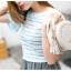 กระเป๋าสตรี แฟชั่นทรงกลม สีสวย หนังทน น่าใช้สอยทุกวัน thumbnail 6
