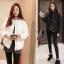 เสื้อกันหนาวแฟชั่น สไตล์สาวๆ เกาหลี สีพื้นขาวและดำ รีบซื้อใส่ก่อนลมหนาวที่จะมานะคะ สาวๆ thumbnail 1