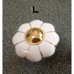 มือจับ ปุ่มแขวน เซรามิค/ทองเหลือง ลายดอกไม้สีขาว - sz L 4.5 ซม.