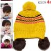 หมวกไหมพรมสีเหลือง ตกแต่งลายเก๋ๆมีพูคล้ายปอยผม น่ารักสไตล์เกาหลี