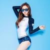 [พร้อมส่ง] ชุดว่ายน้ำแขนยาว เสื้อขาวต่อแขนน้ำเงิน กางเกงลายสวยโทนสีน้ำเงิน