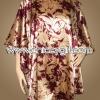 เสื้อแขนค้างคาวไปงาน ลายดอกกุหลาบสีทอง บนพื้นแดงเลือดนก สามารถพรางรูปร่างได้ดี ผ้าเงามันเนื้อดีใส่สบายมากๆ แบบเรียบหรู