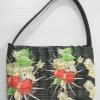 กระเป๋าถือผักตบชวาทรงแบนเล็ก ลาย wild cherry แบบเข้มๆ